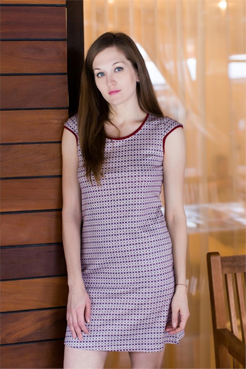 Платье домашнее Marusя, цвет: бордовый. 160079. Размер S (44)160079Домашнее платье Marusя изготовлено из качественного хлопка. Изделие свободного кроя с короткими рукавами. Модель длины мини оформлена оригинальным принтом.