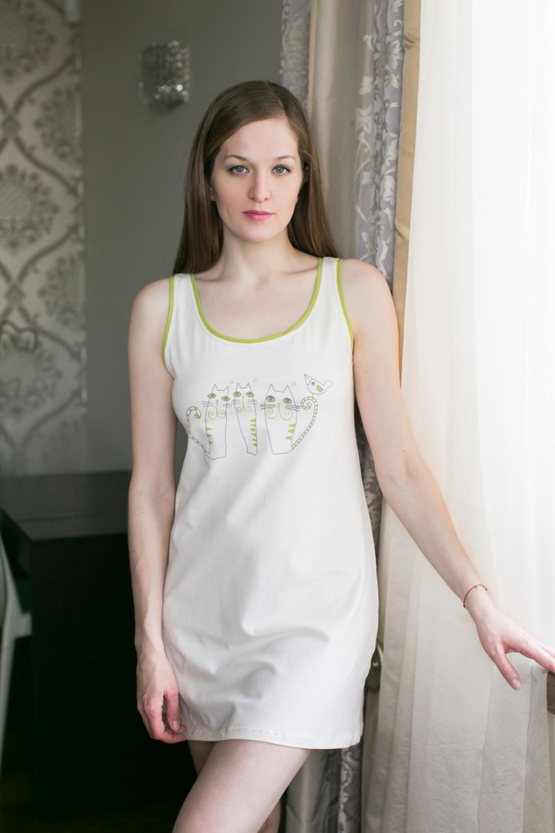 Платье домашнее Marusя, цвет: белый, салатовый. 162042. Размер S (44)162042Домашнее платье Marusя изготовлено из качественной смесовой ткани. Модель без рукавов длины мини оформлена оригинальным рисунком.