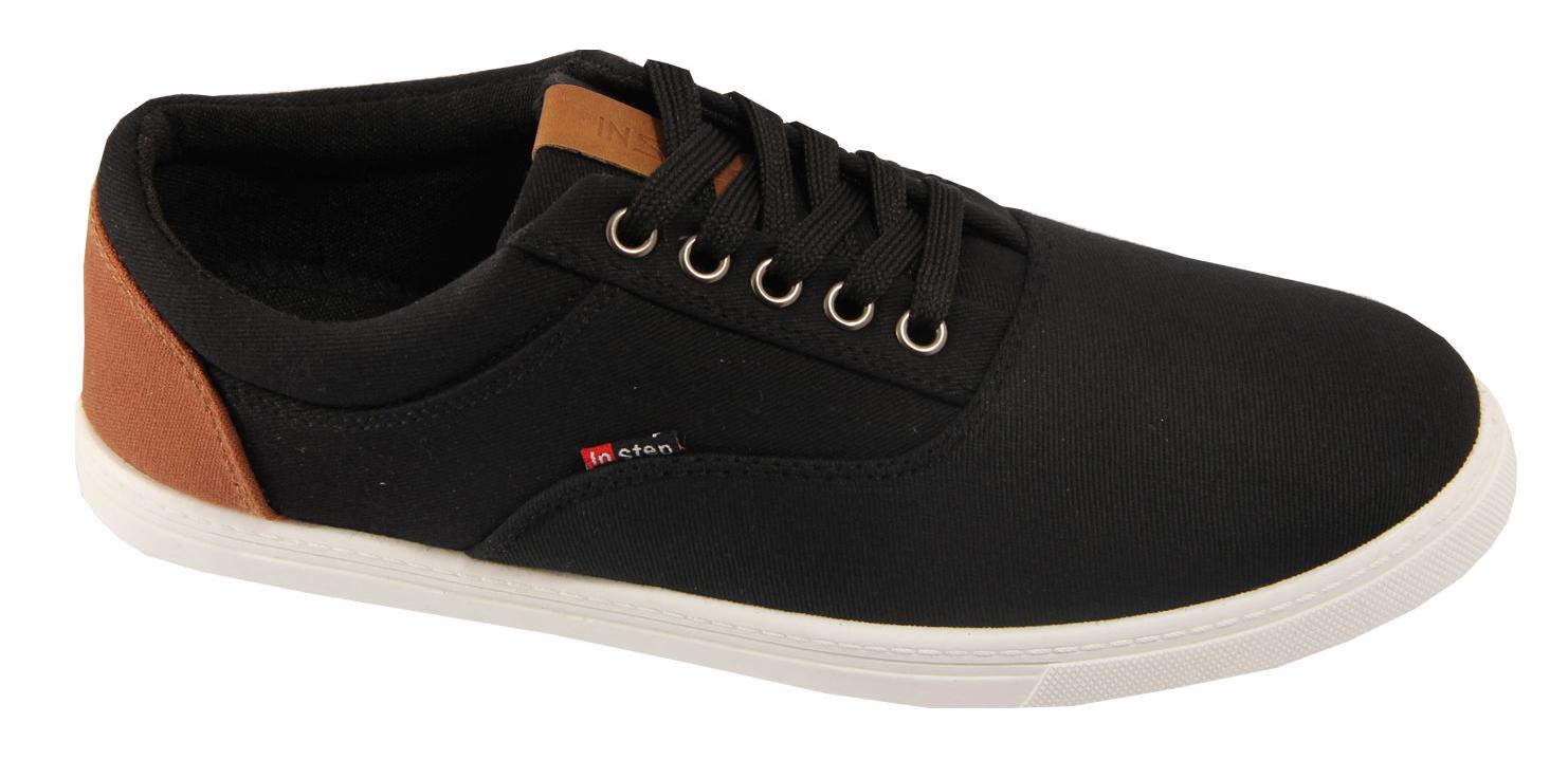 Кеды мужские In Step, цвет: черный. J303-1. Размер 44J303-1Мужские кеды от In Step изготовлены из высококачественного текстиля. Модель надежно фиксируется на ноге при помощи классической шнуровки. Сплошная резиновая подошва обеспечивает равномерное распределение нагрузки по всей поверхности стопы.