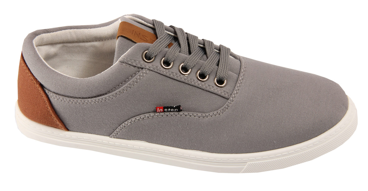 Кеды мужские In Step, цвет: серый. J303-4. Размер 42J303-4Мужские кеды от In Step изготовлены из высококачественного текстиля. Модель надежно фиксируется на ноге при помощи классической шнуровки. Сплошная резиновая подошва обеспечивает равномерное распределение нагрузки по всей поверхности стопы.