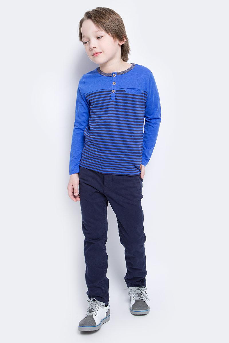 Лонгслив для мальчика Tom Tailor, цвет: синий. 1034591.40.82_6962. Размер 116/1221034591.40.82_6962Лонгслив для мальчика выполнен из высококачественного материала. Модель застегивается сверху на пуговицы. Модель с круглым вырезом горловины и длинными рукавами.