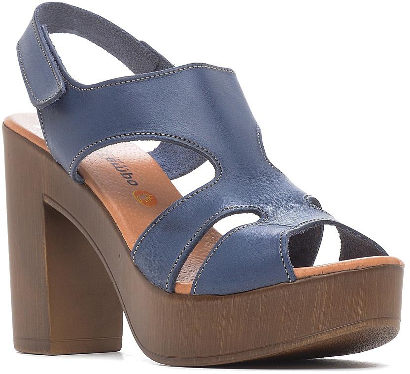 Босоножки женские El Tempo, цвет: синий. ESA24_3506. Размер 38ESA24_3506_MARINOСтильные босоножки от El Tempo выполнены из натуральной высококачественной кожи и оформлены прострочкой контрастного цвета. Ремешок с двумя застежками-липучками отвечает за идеальную фиксацию модели на ноге. Внутренняя поверхность и стелька изготовлены из натуральной кожи, которая обеспечивает комфорт при ходьбе. Высота каблука компенсирована мощной платформой в носочной части. Подошва из полиуретана дополнена рельефной поверхностью.