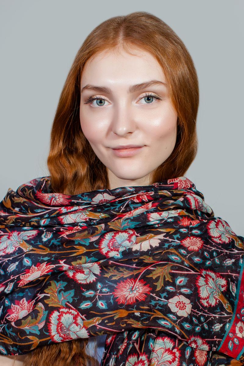 Палантин Sophie Ramage, цвет: коричневый, красный, голубой. BT-11701-5. Размер 90 см х 180 смBT-11701-5Яркий палантин Sophie Ramage изготовлен из модала и шелка. Модель оформлена оригинальным принтом. Изделия Sophie Ramage приятные на ощупь и подойдут к любому стилю.