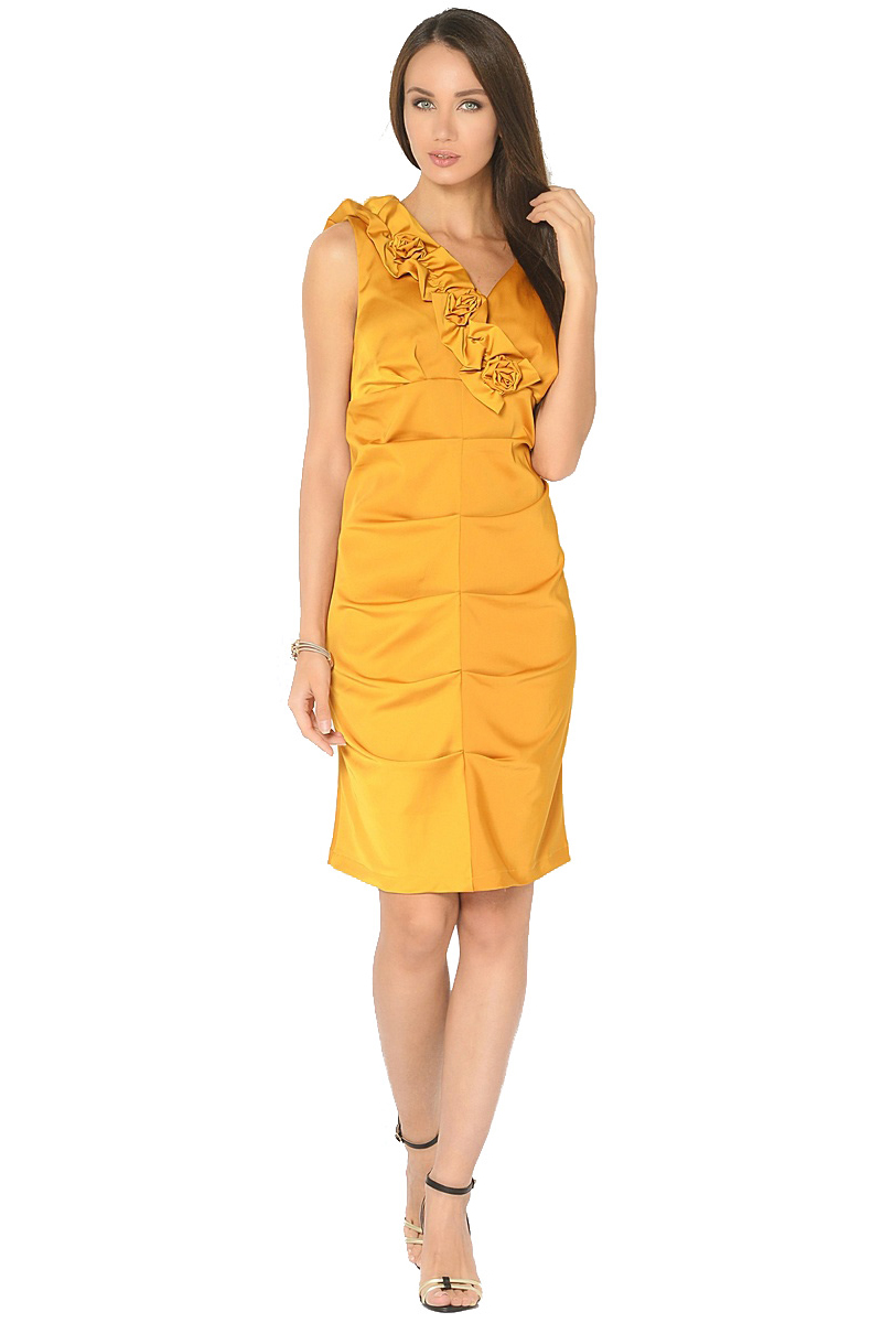 Платье Milton, цвет: желтый. WD-2519F. Размер 46WD-2519FНарядное платье прилегающего силуэта без рукавов, по переду в центральном шве заложены складки. Вырез горловины украшен декративными элементами в виде цветов.