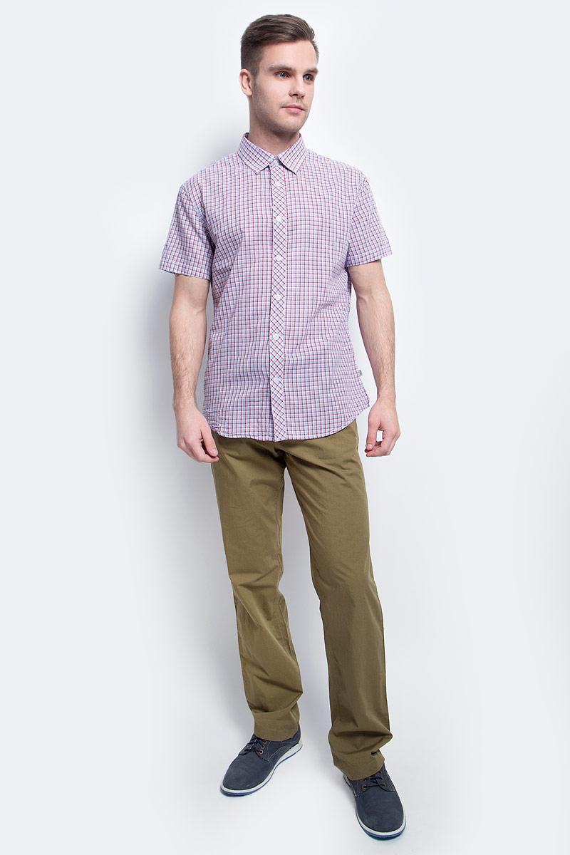 Рубашка мужская Finn Flare, цвет: голубой. S17-22015_138. Размер M (48)S17-22015_138Рубашка мужская Finn Flare выполнена из хлопка. Модель с отложным воротником и короткими рукавами застегивается на пуговицы.