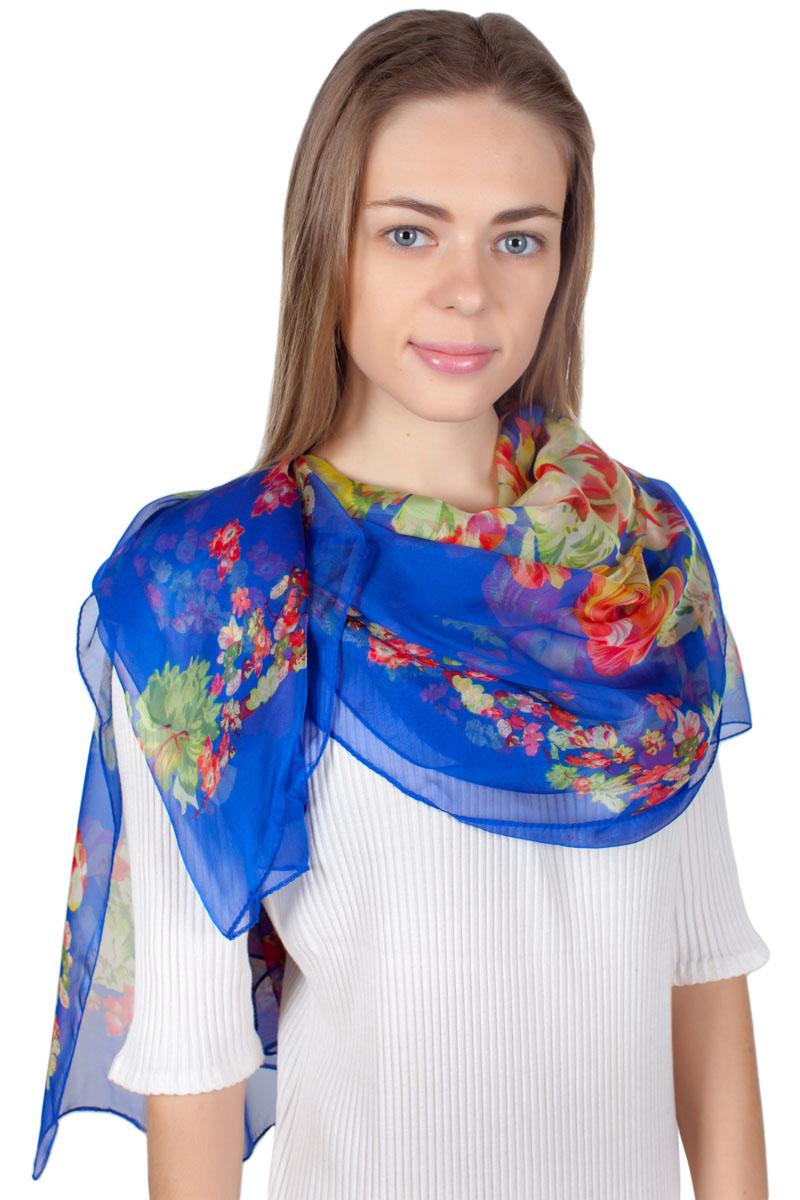 Платок Sophie Ramage, цвет: синий, оранжевый. YY-11721-3. Размер 140 см x 140 смYY-11721-3Яркий платок Sophie Ramage изготовлен из модала и шелка. Модель оформлена оригинальным принтом. Изделия Sophie Ramage приятные на ощупь и подойдут к любому стилю.