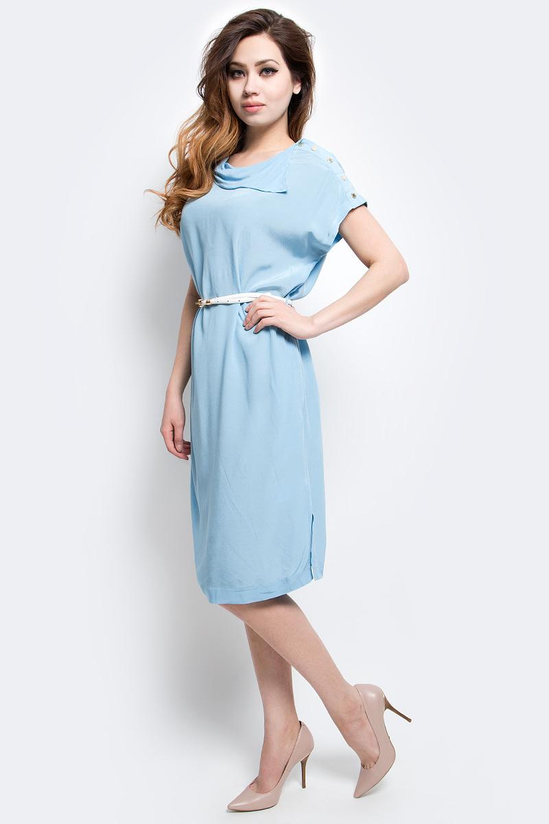 Платье Finn Flare, цвет: голубой. CS17-17029_116. Размер M (46)CS17-17029_116Платье Finn Flare выполнено из 100% вискозы. Модель с короткими рукавами на талии дополнена поясом контрастного цвета.