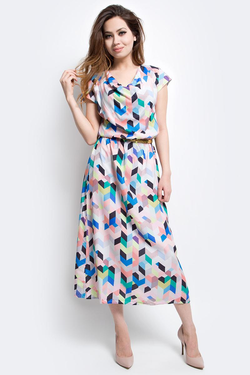 Платье Finn Flare, цвет: бледно-розовый. S17-14056_323. Размер S (44)S17-14056_323Платье Finn Flare выполнено из вискозы. Модель оформлена оригинальным принтом.