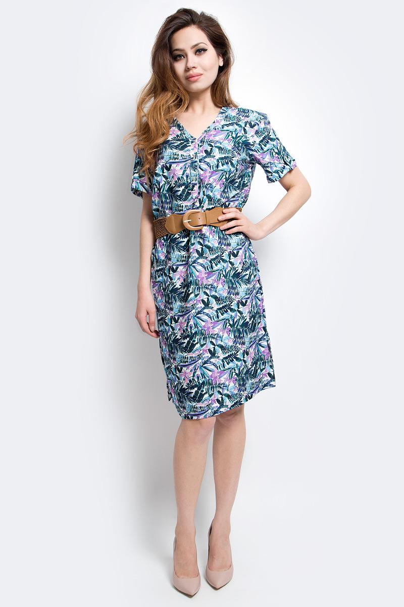 Платье Finn Flare, цвет: голубой. S17-12005_138. Размер XL (50)S17-12005_138Платье Finn Flare выполнено из вискозы. Модель с V-образным вырезом горловины и короткими рукавами.