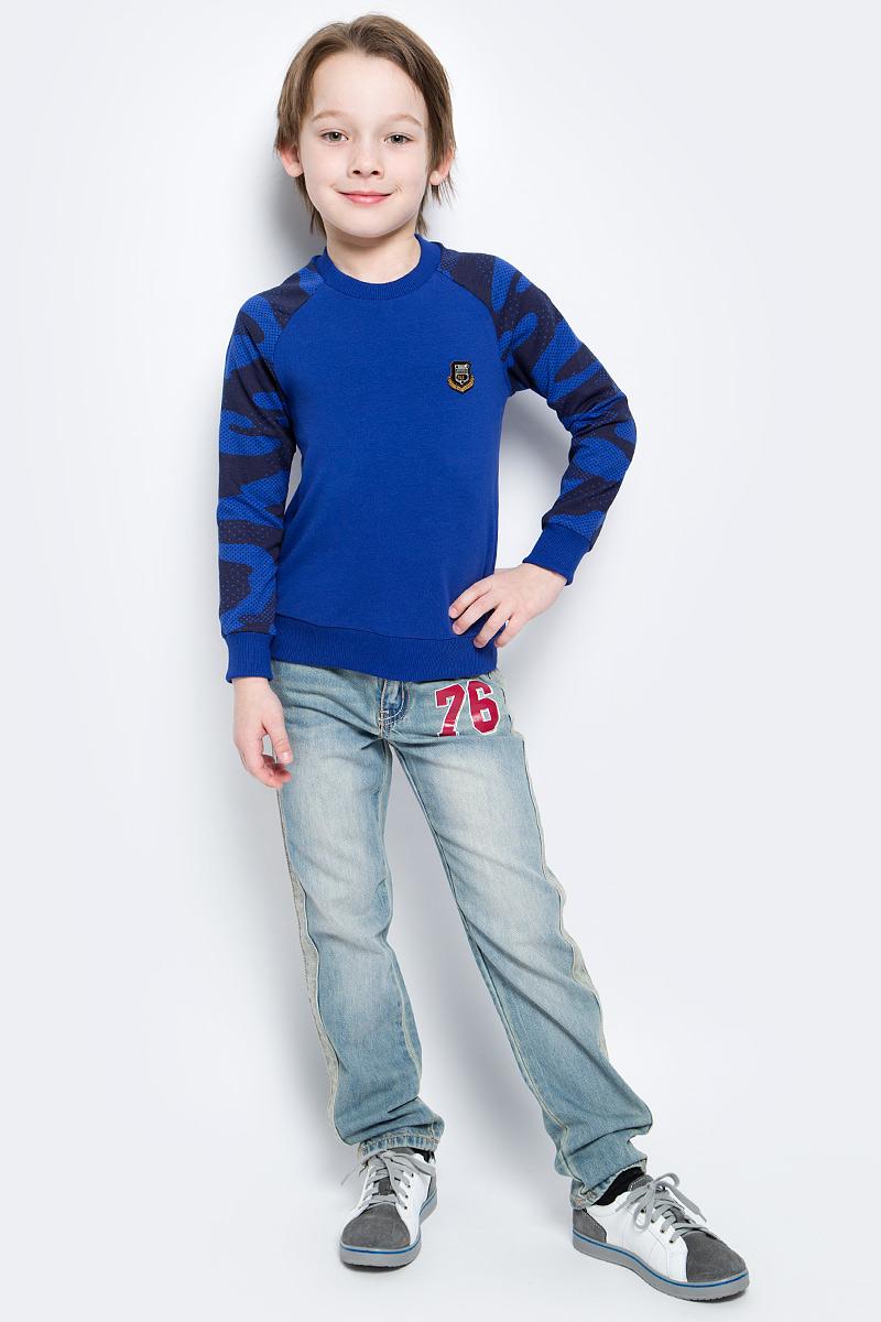 Свитшот для мальчика M&D, цвет: синий, черный. SJK17001M29. Размер 98SJK17001M29/SJK17001S29Стильный свитшот для мальчика M&D выполнен из высококачественного хлопка с добавлением лайкры. Свитшот с длинными рукавами и круглым вырезом горловины оформлен на груди оригинальным декоративным элементом. Низ, горловина и рукава изделия дополнены трикотажной резинкой.