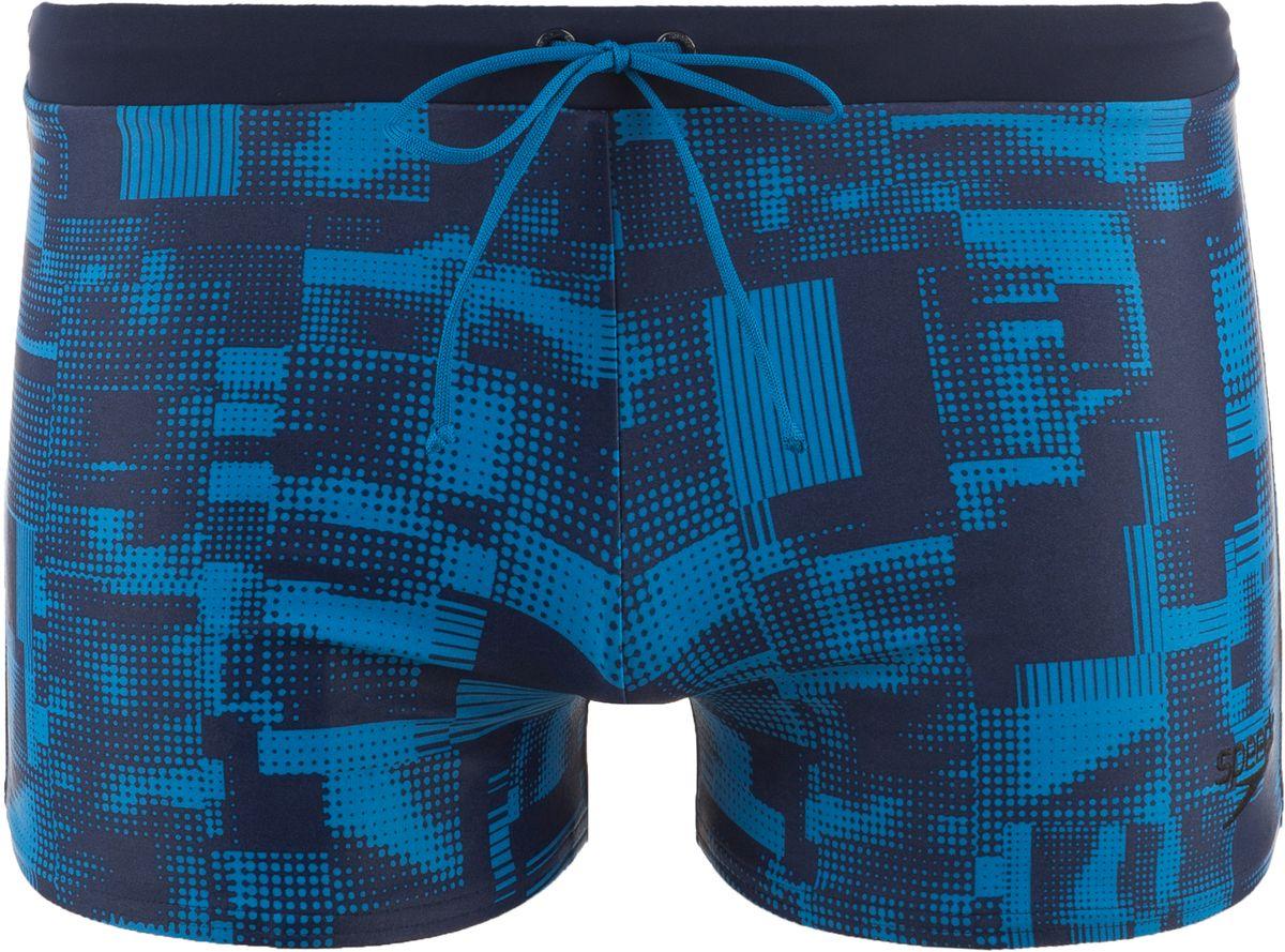 Плавки-шорты мужские Speedo Valmilton Aquashort, цвет: синий. 8-08B471-B471. Размер 34 (44/46)8-08B471-B471Яркие мужские плавки-шорты с монохромным абстрактным принтом Speedo Valmilton Aquashort - отличное решение как для занятий в бассейне, так и для отдыха на пляже. Плавки имеют пояс на мягкой эластичной резинке, дополнительно регулируемый шнурком, и удобно садятся по фигуре, обеспечивая комфорт при любых видах активности в воде.Благодаря технологии Technologyткань плавок в 10 раз более устойчива к разрушающему воздействию хлора, чем обычные ткани с эластаном и спандексом.