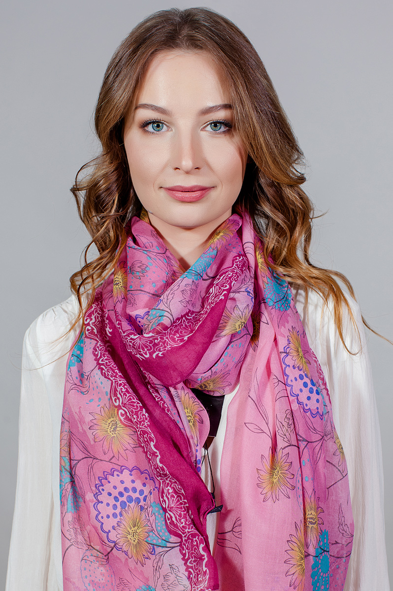 Палантин женский Fiona Fantozzi, цвет: розовый. YY-11714-20. Размер 80 см х 180 смYY-11714-20Стильный палантин привлекательной расцветки изготовлен из модала и шелка. Он удачно дополнит ваш гардероб и поможет создать новый повседневный образ, добавить в него яркие краски. Отличный вариант для тех, кто стремится к самовыражению и новизне!