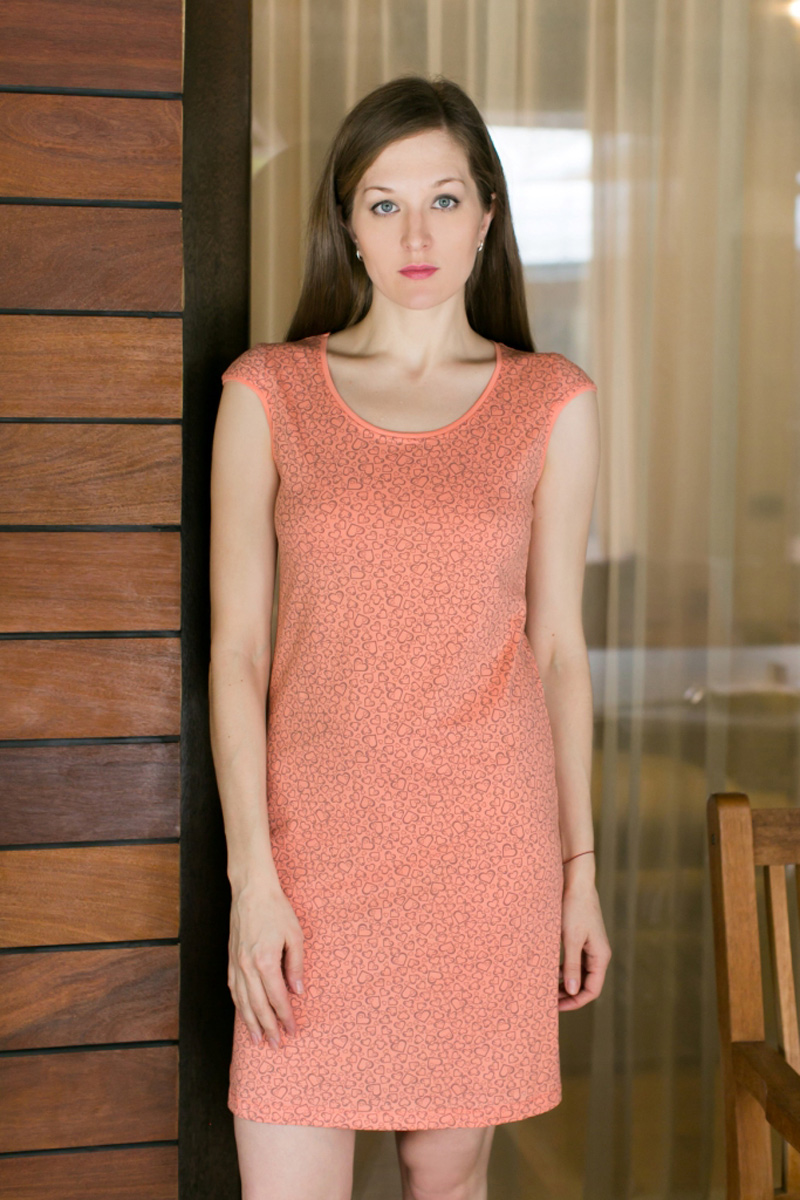 Платье домашнее Violett, цвет: оранжевый. 17110732. Размер L (48)17110732Домашнее платье Violett выполнено из натурального хлопка. Платье-миди с круглым вырезом горловины и короткими рукавами оформлено стильным принтом.