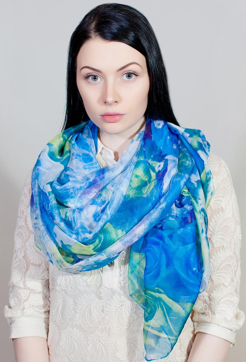Палантин женский Sophie Ramage, цвет: голубой, белый. QA-11711-4. Размер 145 см х 180 смQA-11711-4Яркий палантин Sophie Ramage изготовлен из шелка и полиэстера. Модель оформлена оригинальным принтом. Изделия Sophie Ramage приятные на ощупь и подойдут к любому стилю.