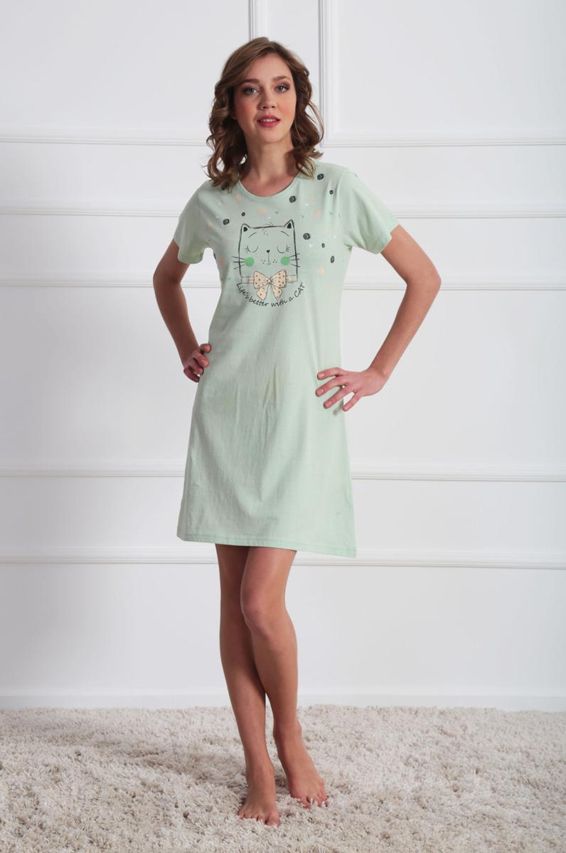 Платье домашнее Vienettas Secret, цвет: светло-зеленый. 611116 0000. Размер M (46)611116 0000Домашнее платье Vienettas Secret выполнено из 100% натурального хлопка. Изделие имеет круглый вырез горловины, стандартные короткие рукава и длину мини. Модель прямого кроя не стесняет движений и комфортна для домашней носки. Платье выполнено в однотонном дизайне и дополнено изображением забавного кота.