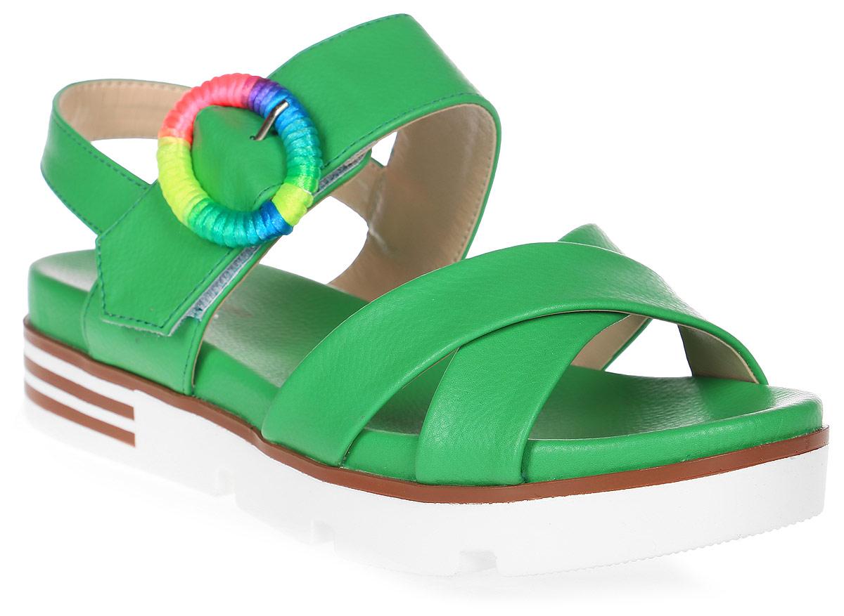 Сандалии женские LK collection, цвет: зеленый. SP-FA2501-2 PU (SP-F45001-2). Размер 39SP-FA2501-2 PU (SP-F45001-2)Удобные сандалии на плоской подошве выполнены из искусственной кожи. Сандалии фиксируются на ноге при помощи застежки-пряжки.