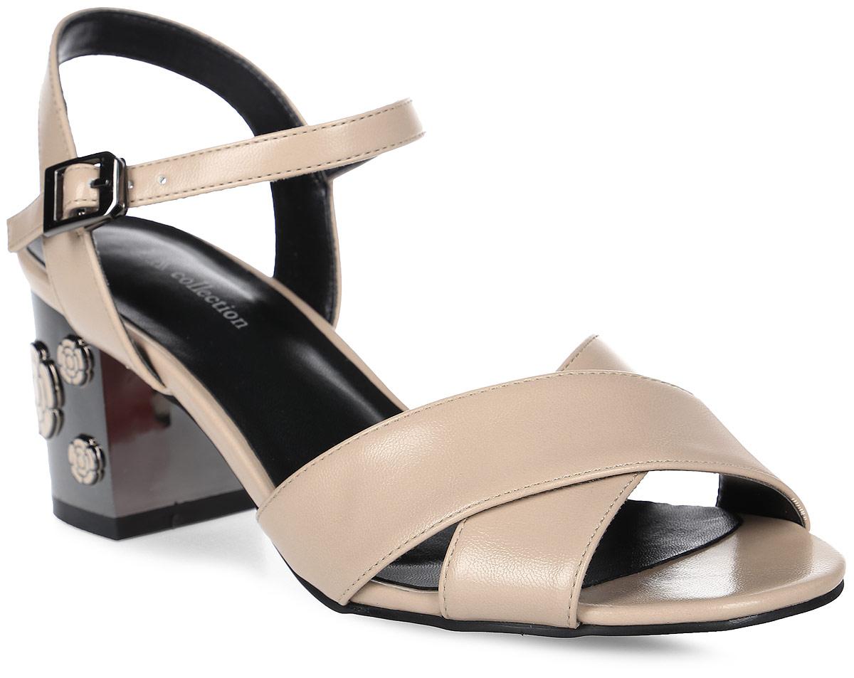 Босоножки женские LK collection, цвет: бежевый. SP-EA2001-3 PU (SP-E43001-6). Размер 37SP-EA2001-3 PU (SP-E43001-6)Стильные босоножки на устойчивом квадратном каблуке выполнены из искусственной кожи. Босоножки фиксируются на ноге при помощи застежки-пряжки.