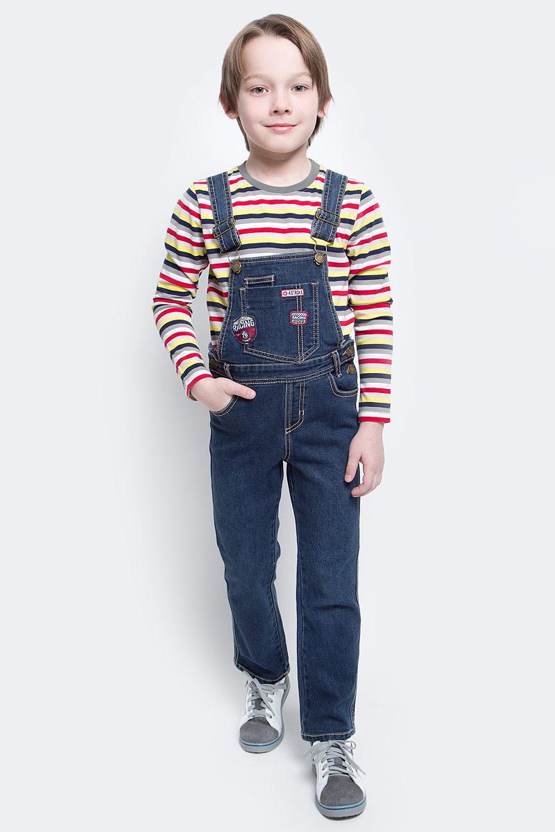 Полукомбинезон для мальчика PlayToday, цвет: темно-синий. 171012. Размер 116171012Полукомбинезон из джинсовой ткани с ярким принтом будет незаменимым в любом гардеробе. Хорошо сочетается с рубашками и водолазками. Пуговицы - болты являются удачным стильным и практичным дополнением. Мягкая ткань приятна к телу. Не сковывает движения ребенка.