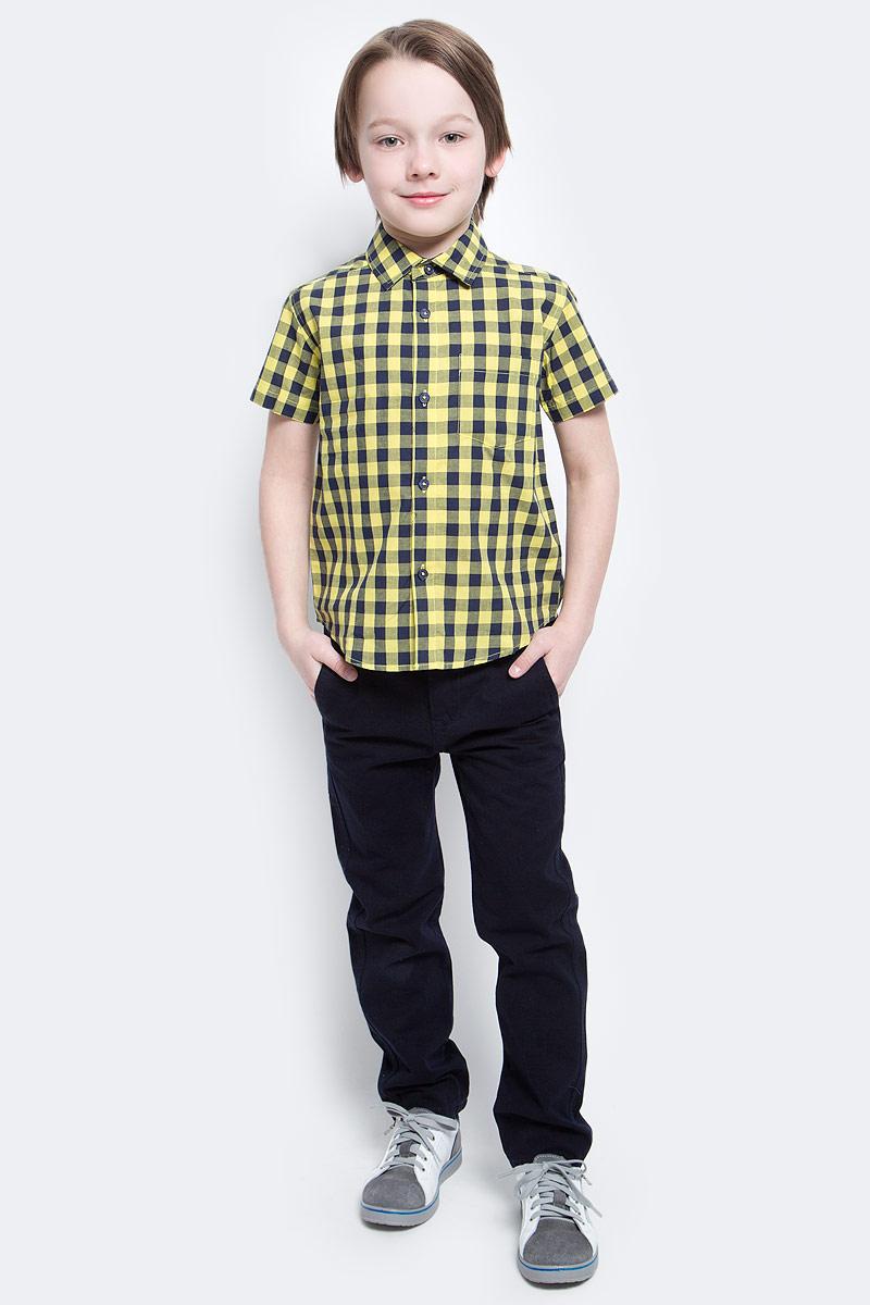 Рубашка для мальчика PlayToday, цвет: желтый, синий. 171104. Размер 98171104Рубашка для мальчика PlayToday с коротким рукавом для мальчика в стиле кантри. Практична и очень удобна для повседневной носки. Ткань мягкая и приятная на ощупь, не раздражает нежную детскую кожу. Стиль отвечает всем последним тенденциям детской моды. Рубашка с отложным воротничком и накладным карманом.