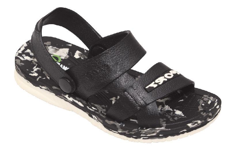 Сандалии для мальчика Эмальто, цвет: черный. 8086. Размер 358086Модные сандалии для мальчика от Эмальто выполнены из легкого ЭВА-материала. Верхняя поверхность подошвы дополнена рельефом, который предотвращает скольжение стопы. Ремешок на пятке надежно зафиксирует модель на ноге. Подошва дополнена рифлением. Невесомые удобные сандалии займут достойное место в летнем гардеробе вашего ребенка.
