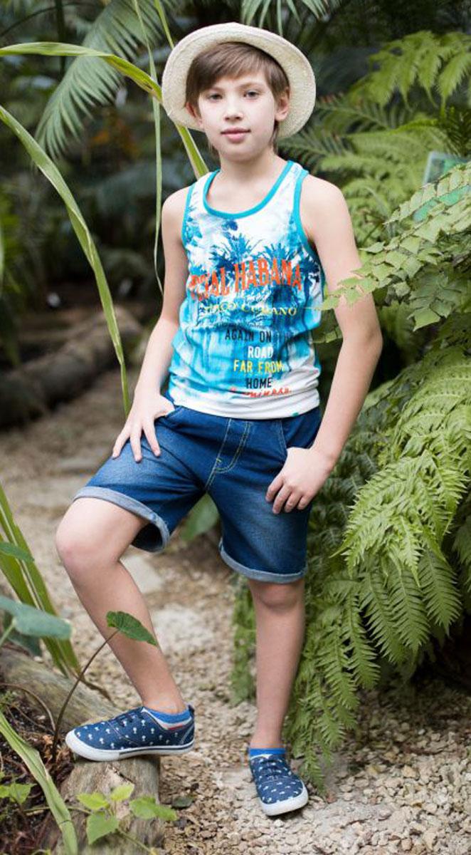 Майка для мальчика Luminoso, цвет: белый, синий. 717059. Размер 146717059Майка из трикотажной ткани для мальчика, декорированная оригинальным принтом. Горловина и проймы выполнены из контрастной ткани.