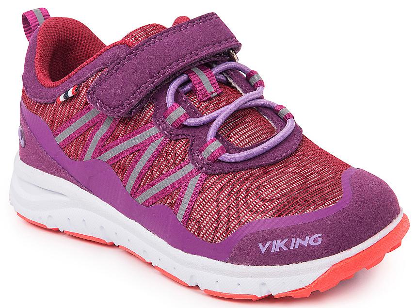 Кроссовки для девочки Viking Holmen, цвет: фиолетовый, сиреневый. 3-47630-06239. Размер 233-47630-06239Кроссовки от Viking, выполненные из полиэстера, оформлены декоративной тесьмой с прострочкой, эмблемой и названием бренда. Модель на подъеме дополнена эластичной шнуровкой и застежкой-липучкой, которые обеспечивают надежную фиксацию обуви на ноге. Ярлычок на заднике облегчает обувание модели. Подкладка и стелька из полиэстера обеспечат комфорт при носке. Облегченная подошва из вспененного полимера оснащена рифлением, что повышает сцепление с любым покрытием, улучшает амортизацию и поглощает удары. Яркие модные кроссовки - незаменимая вещь в гардеробе вашего ребенка.