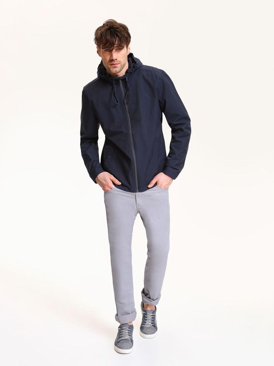 Куртка мужская Top Secret, цвет: темно-синий. SKU0770GR. Размер XL (52)SKU0770GRМужская куртка Top Secret выполнена из высококачественного комбинированного материала. Модель с капюшоном и длинными рукавами застегивается на застежку-молнию.