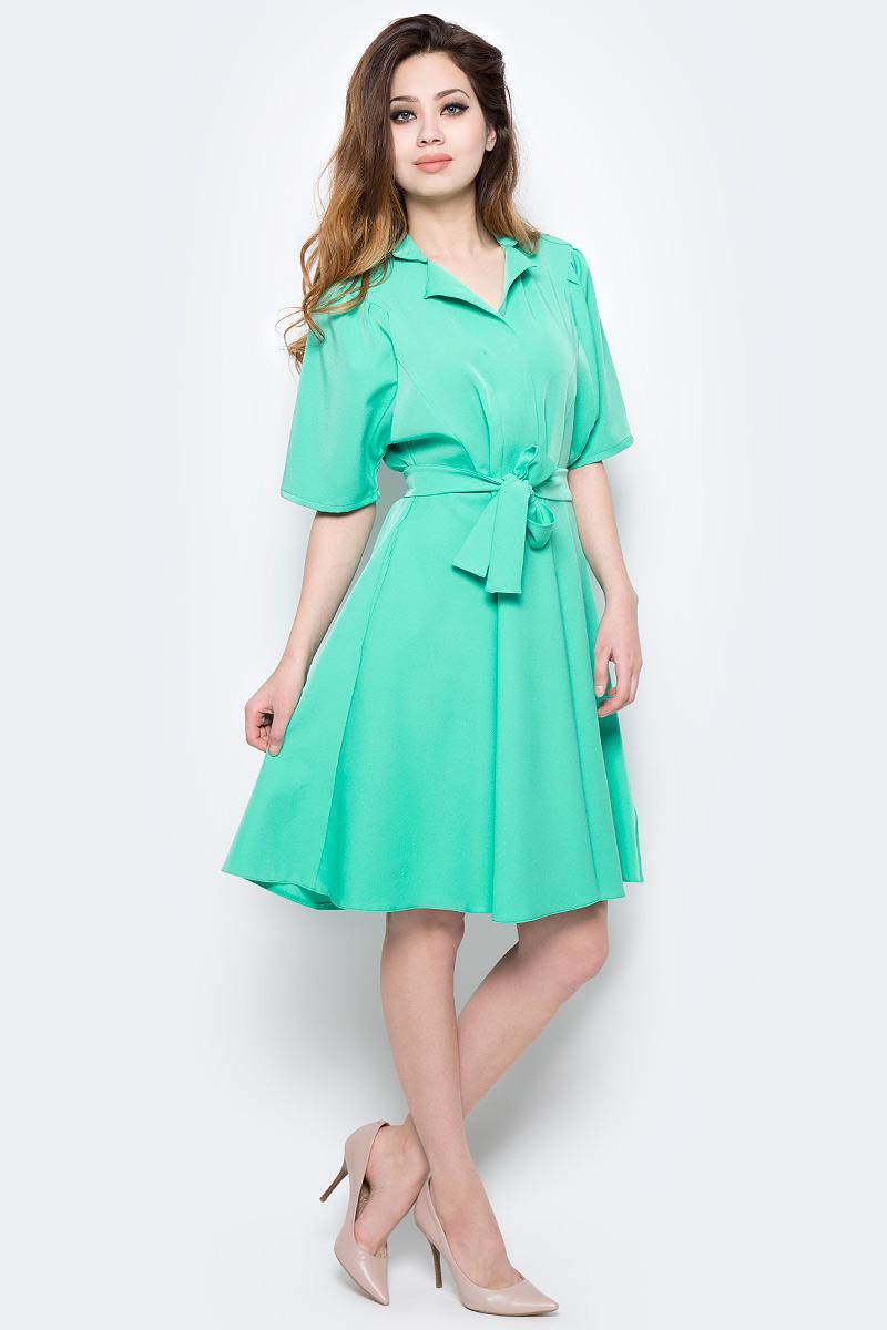 Платье Be in, цвет: светло-зеленый. Пл 132-8х. Размер 42/44Пл 132-8хСтильное платье Be in изготовлено из качественной смесовой ткани. Модель длины миди с рукавами до локтя оформлена V-образным вырезом и дополнена широким поясом. Платье Be in - для девушки, стремящейся всегда оставаться стильной и элегантной.