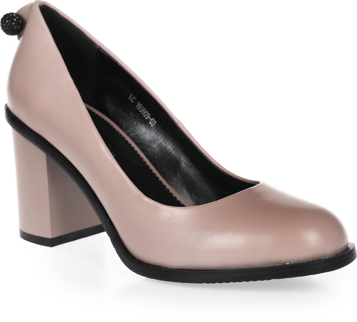Туфли женские LK collection, цвет: бежевый. LC-160809-03 PU. Размер 36LC-160809-03 PUСтильные туфли на широком устойчивом каблуке выполнены из искусственной кожи. Стелька выполнена из натуральной кожи.