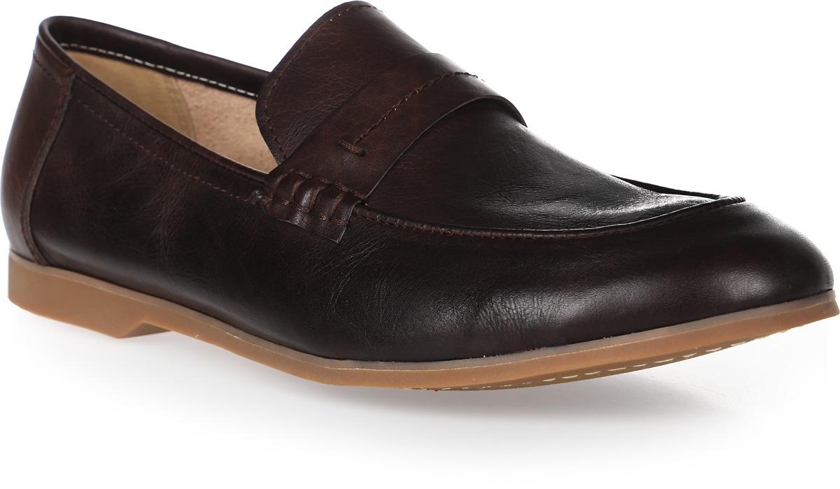 Туфли мужские El Tempo, цвет: темно-коричневый. CRM58_1288-1-6. Размер 41CRM58_1288-1-6_D BROWNСтильные мужские туфли от El Tempo изготовлены из натуральной высококачественной кожи и оформлены декоративным ремнем с лаконичной прострочкой в области подъема. Внутренняя поверхность и стелька выполнены из натуральной кожи, гарантирующей комфорт при движении. Невысокий каблук устойчив. Каблук и подошва из резины дополнены рифленой поверхностью.