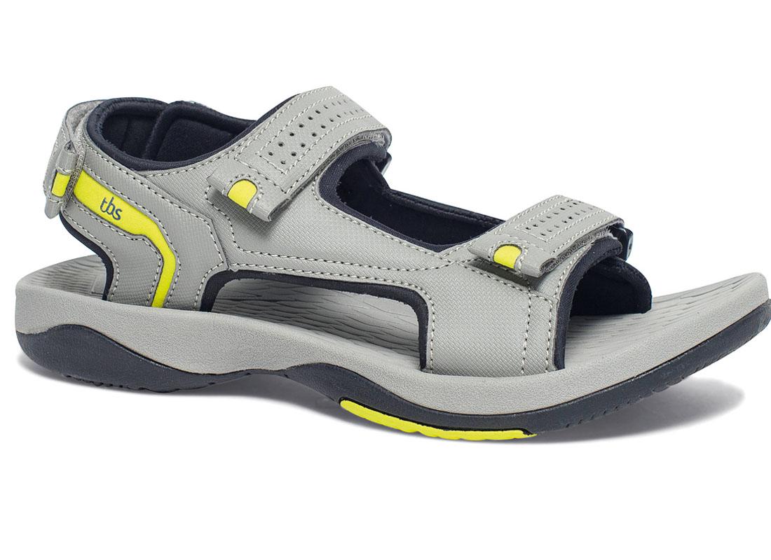 Сандалии мужские TBS Watter, цвет: серый. WATTER-P8001. Размер 45 (44)WATTER-P8001Комфортные сандалии Watter от TBS придутся по душе любителям активного отдыха. Верх модели, выполненный из текстиля, оформлен декоративной прострочкой, на ремешках - перфорацией. Ремешки с застежками-липучками надежно зафиксируют модель на ноге. Стелька из материала ЭВА с рельефной поверхностью комфортна при движении. Мягкая внутренняя отделка предотвращает натирание. Рифленое основание подошвы гарантирует идеальное сцепление с любой поверхностью. Такие сандалии принесут комфорт и уют вашим ногам.