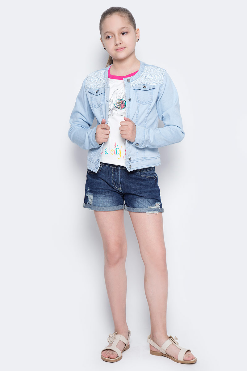 Куртка джинсовая для девочки Sela, цвет: голубой джинс. JTj-636/035-7142. Размер 140, 10 летJTj-636/035-7142Джинсовая куртка для девочки Sela, выполненная из качественного хлопкового материала и оформленная ажурной вставкой, станет отличным дополнением гардероба юной модницы. Слегка укороченная модель прямого кроя с круглым вырезом горловины застегивается на пуговицы и дополнена двумя накладными карманами с клапанами на пуговицах. Манжеты длинных рукавов также дополнены пуговицами. Куртка подойдет для прогулок и дружеских встреч и будет отлично сочетаться с джинсами и брюками, а также гармонично смотреться с юбками.