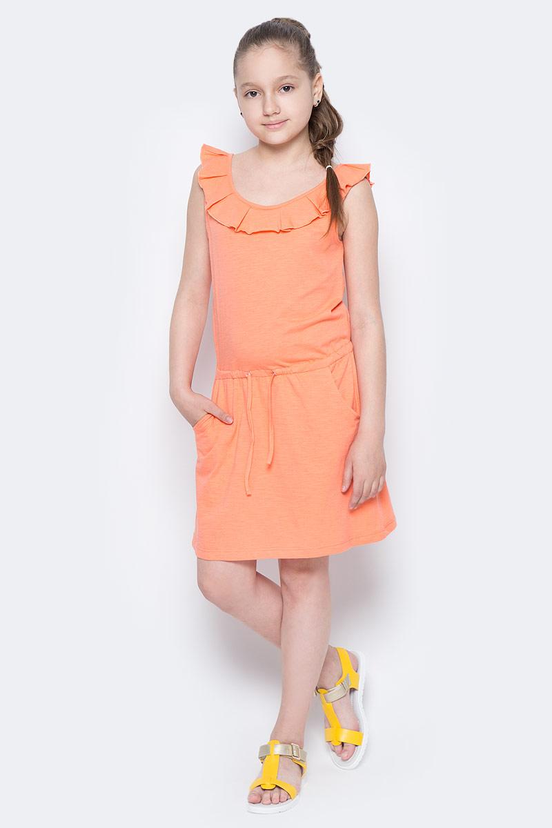 Платье для девочки Sela, цвет: коралловый. Dksl-617/032-7244. Размер 140, 10 летDksl-617/032-7244Стильное платье для девочки Sela выполнено из натурального хлопка и дополнено двумя втачными карманами. Модель прямого кроя без рукавов имеет вшитый пояс на кулиске, подчеркивающий линию талии, и оформлена воланом вдоль выреза горловины. Мягкая ткань комфортна и приятна на ощупь. Круглый вырез горловины и проймы дополнены мягкой эластичной бейкой. Платье подойдет для прогулок и дружеских встреч и станет отличным дополнением гардероба юной модницы в летний период.
