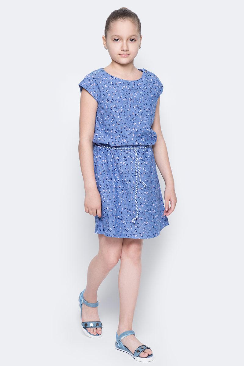 Платье для девочки Sela, цвет: синий джинс. Dsl-617/005-7223. Размер 140, 10 летDsl-617/005-7223Платье для девочки Sela выполнено из натурального хлопка и оформлено цветочным принтом. Модель прямого кроя с круглым вырезом горловины и спущенным плечом застегивается на пуговицы на плече и дополнена накладным карманом. Линию талии подчеркивает входящий в комплект плетеный ремешок-кулиска.Платье подойдет для прогулок и дружеских встреч и станет отличным дополнением гардероба юной модницы.