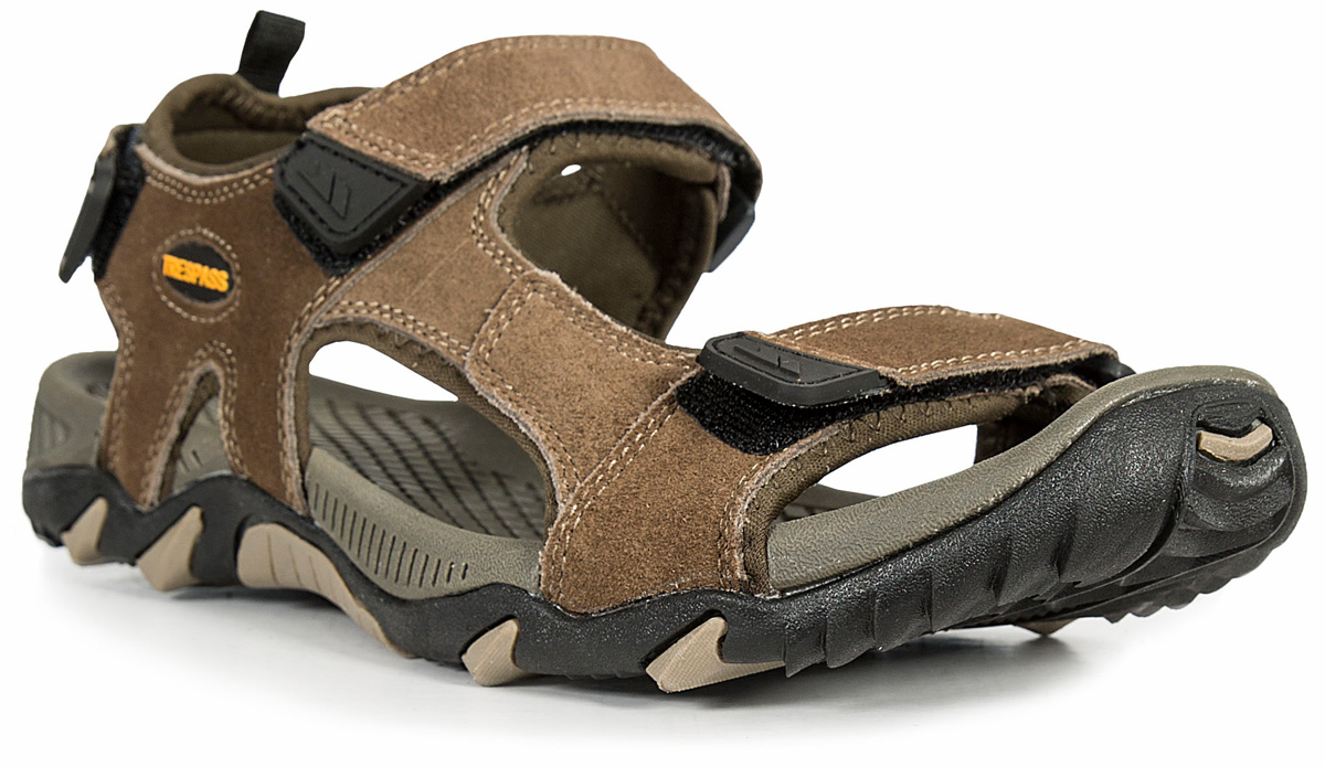 Сандалии мужские Trespass Belay, цвет: коричневый. MAFOBEL10007. Размер 44MAFOBEL10007Трекинговые мужские сандалии, выполненные из плотного текстиля, отлично подойдут для занятия туризмом. Ремешки с застежками-липучками надежно зафиксируют модель на ноге. Основание подошвы дополнено рифлением.