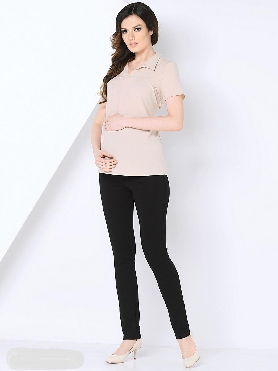 Блузка для беременных 40 недель, цвет: бежевый. 210202. Размер 48210202Красивая блузка для беременных от бренда 40 недель выполнена из тонкого, эластичного трикотажного полотна свободного покроя. Блузка с V-образным вырезом и отложным воротником, с коротким рукавом и втачным пояском в боковых швах. Блузка подойдет как для работы в офисе, так и на каждый день.