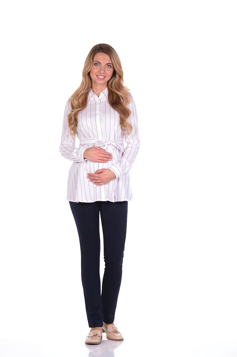 Блузка для беременных 40 недель, цвет: белый, черный. 215203/4. Размер 50215203/4Классическая блузка для беременных от бренда 40 недель - прекрасный офисный вариант для будущей мамы. Модель трапециевидного покроя, с поясом, длинным рукавом и с отложным воротником. Передняя планка полностью застегивается на пуговицы. Специальный крой обеспечивает отличную посадку по фигуре и создает простор для животика. Поясом можно подчеркнуть женственный силуэт.Универсальный фасон позволяет комбинировать такую блузку с любыми предметами гардероба и создавать безупречные образы на каждый день или для особых случаев в период беременности и после рождения малыша.