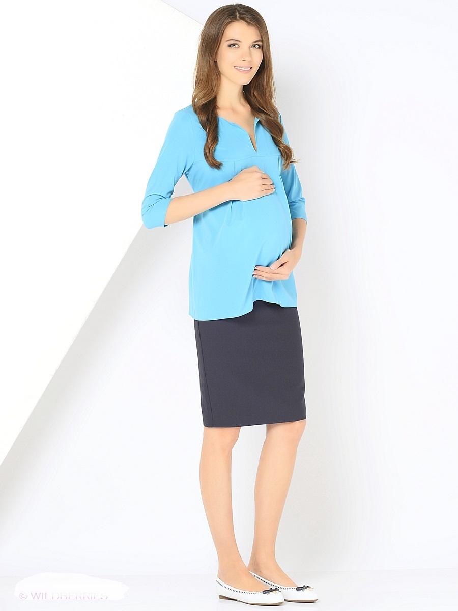 Блузка для беременных 40 недель, цвет: голубой. 210203. Размер 48210203Элегантная блузка для беременных от бренда 40 недель выполнена из вискозного материала. Модель свободного кроя с рукавами длиной 3/4. Округлая горловина дополнена изящным V-образным вырезом. Простор для растущего животика создается за счет отрезной кокетки и встречных складок на груди, а так же его можно регулировать втачными поясками. После беременности такой фасон поможет скрыть временные несовершенства фигуры, и обеспечить комфорт и свободу движениям.