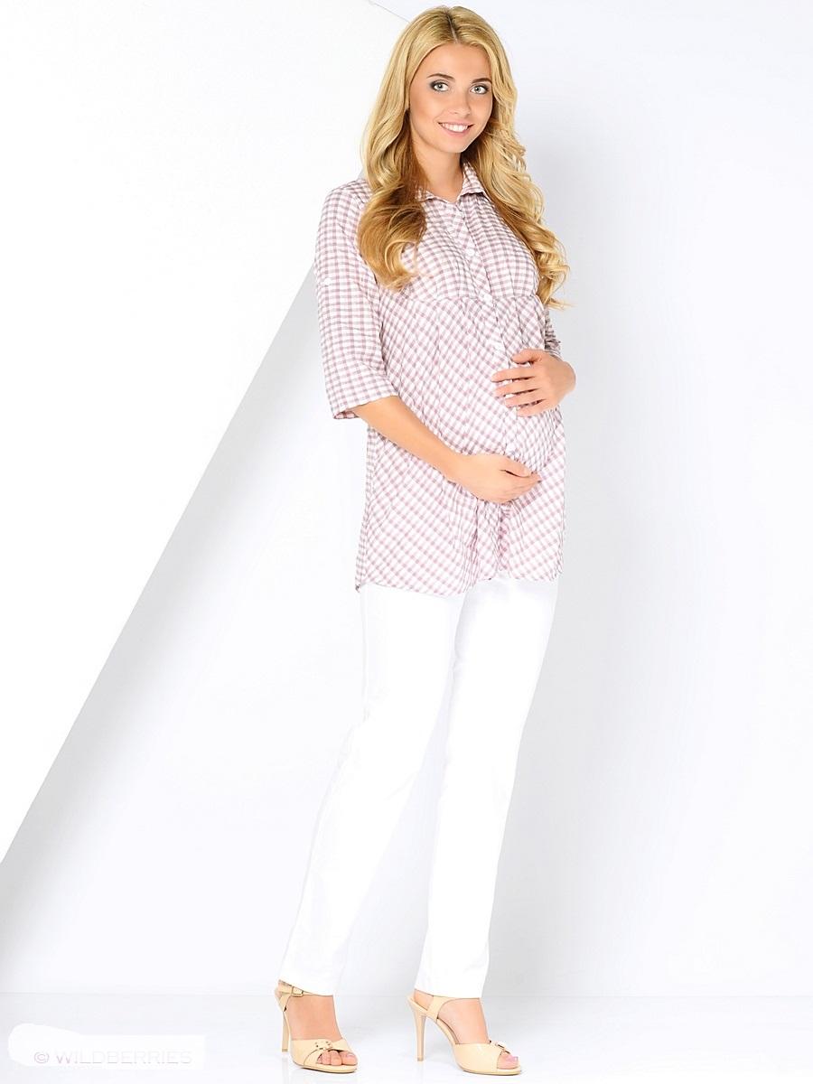 Блузка для беременных 40 недель, цвет: коричневый, розовый. 210225. Размер 48210225Стильная и очень удобная блузка для беременных от бренда 40 недель выполнена из тонкой, вискозной ткани. Модель свободного кроя, складки от кокетки создают пространство для растущего животика, силуэт можно регулировать поясом. Передняя планка застегивается на пуговицы по всей длине. После беременности такая блузка поможет скрыть временные несовершенства фигуры, обеспечивая комфорт и свободу движениям.