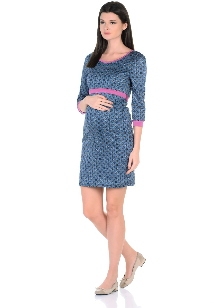 Платье для беременных 40 недель, цвет: голубой, розовый. 301309. Размер 48301309Модное платье для беременных и кормящих женщин от бренда 40 недель - отличный выбор на каждый день! Модель с рукавами-реглан 3/4 и с округлым вырезом горловины выполнена из приятного к телу трикотажа в привлекательной расцветке. Края оформлены контрастной окантовкой. Платье имеет уникальный секрет кормления. Для комфортного и незаметного кормления малыша, достаточно приподнять верхний слой кокетки, и с комфортом покормить малыша грудью, незаметно для окружающих. Платье превосходно садится по фигуре, красиво подчеркивая женственные формы, в тачными поясками по бокам можно регулировать силуэт делая его более совершенным.
