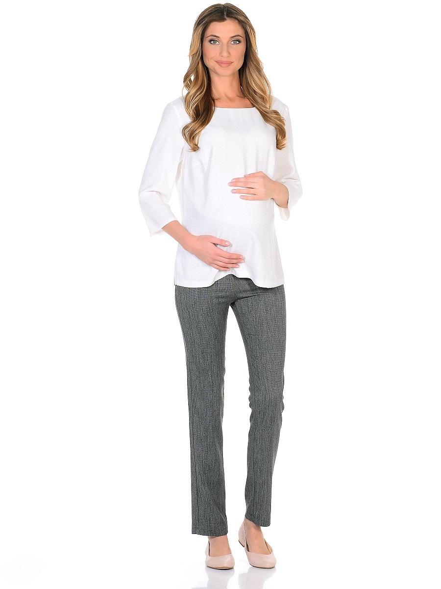 Брюки для беременных 40 недель, цвет: серый. 104201. Размер 48104201Брюки для беременных от бренда 40 недель выполнены в классическом стиле. Модель изготовлена из костюмного полотна с высоким содержанием вискозы. Трикотажная кокетка с регулируемой резинкой в поясе позволяет с комфортом носить такие брюки на любом сроке беременности и после рождения малыша. Брюки немного заужены к низу, задние накладные карманы сглаживают строгость фасона, придавая легкую непринужденность. Нейтральная расцветка позволяет сочетать эти брюки со многими предметами повседневного, классического и делового гардероба.