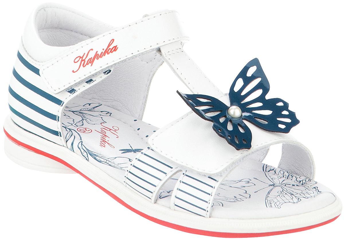 Сандалии для девочки Kapika, цвет: белый, темно-синий. 32467-2. Размер 2532467-2Модные сандалии для девочки от Kapika, выполненные из натуральной кожи, оформлены принтом в полоску. Внутренняя поверхность и стелька из натуральной кожи обеспечат комфорт при движении. Ремешки с застежками-липучками надежно зафиксируют модель на ноге. Подошва дополнена рифлением.