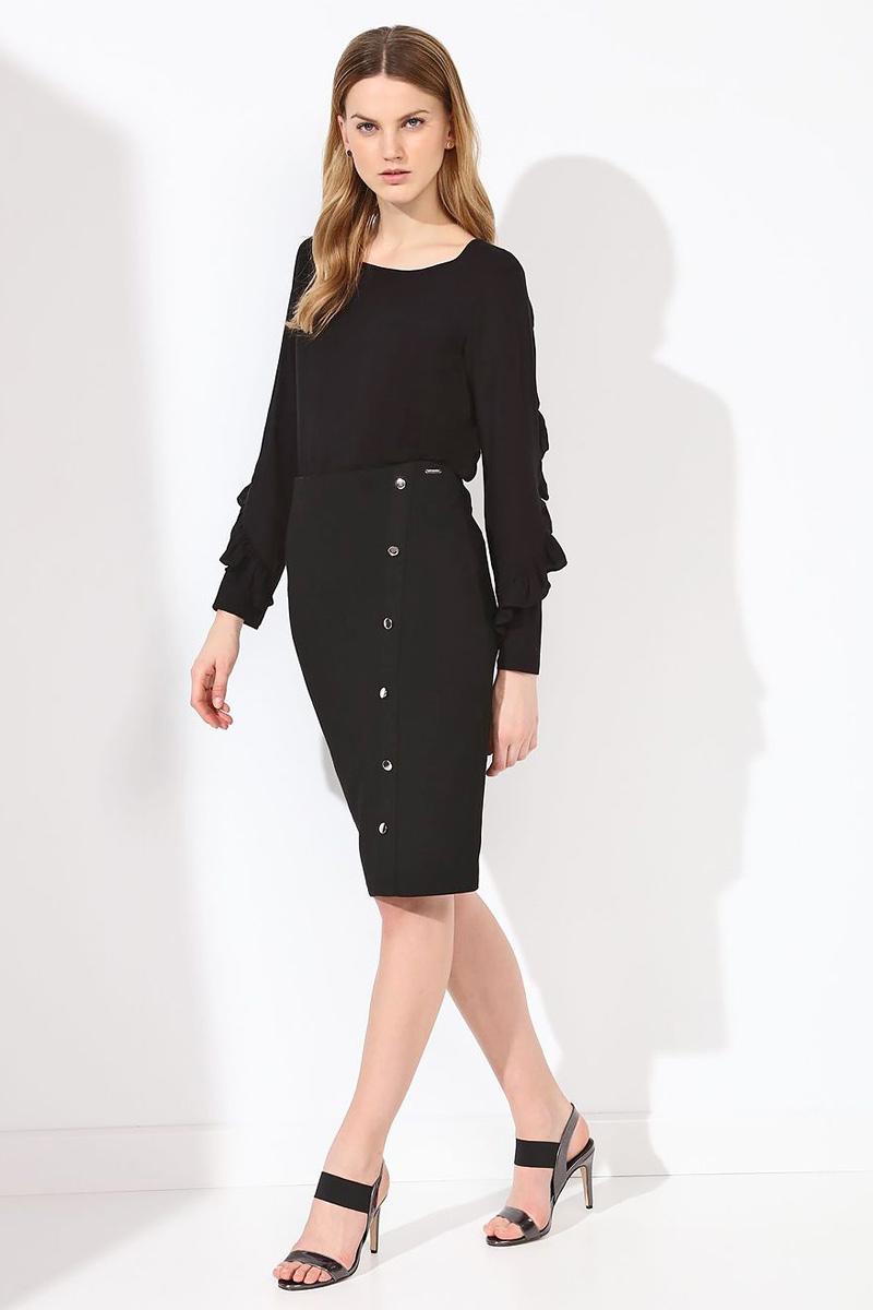 Блузка женская Top Secret, цвет: черный. SBD0684CA. Размер 34 (42)SBD0684CAБлузка женская Top Secret выполнена из вискозы. Модель с круглым вырезом горловины и длинными рукавами.