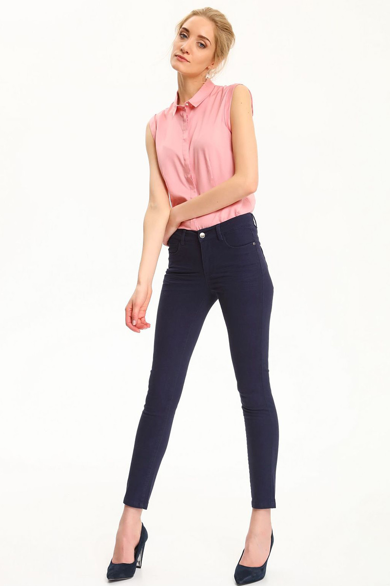 Рубашка женская Top Secret, цвет: темно-розовый. SKS0930CR. Размер 34 (42)SKS0930CRРубашка женская Top Secret выполнена из 100% вискозы. Модель с отложным воротником застегивается на пуговицы.
