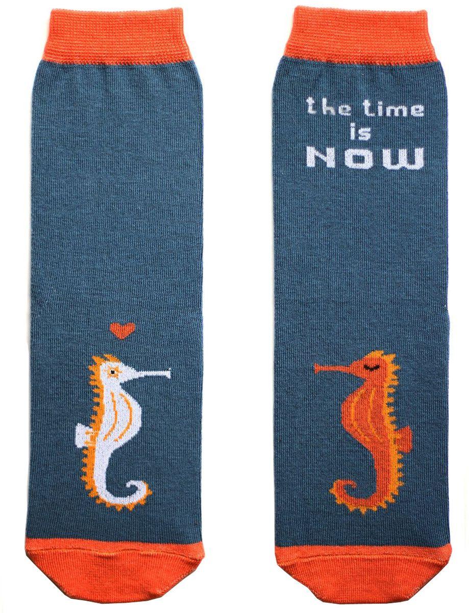 Носки детские Big Bang Socks, цвет: темно-бирюзовый, оранжевый. ca1911. Размер 30/34ca1911Яркие носки Big Bang Socks изготовлены из высококачественного хлопка с добавлением полиамидных и эластановых волокон, которые обеспечивают великолепную посадку. Носки отличаются ярким стильным дизайном. Они оформлены изображением морского конька и надписью the time is now (время настало).