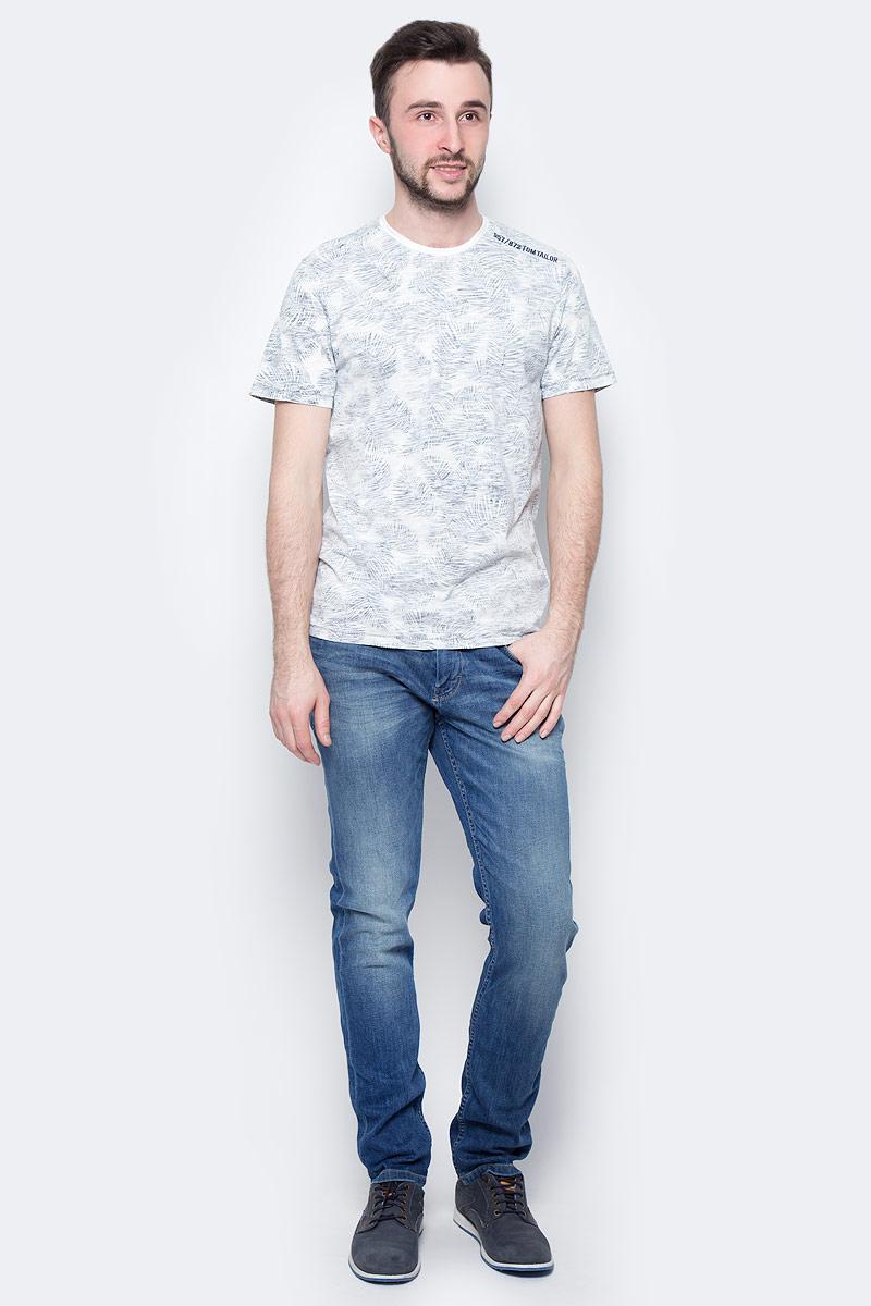 Футболка мужская Tom Tailor, цвет: белый, синий. 1037497.00.10_6892. Размер XL (52)1037497.00.10_6892Мужская футболка Tom Tailor выполнена из натурального хлопка. Модель с круглым вырезом горловины и короткими рукавами оформлена оригинальным принтом.Такая футболка станет стильным дополнением к вашему гардеробу, она подарит вам комфорт в течение всего дня!
