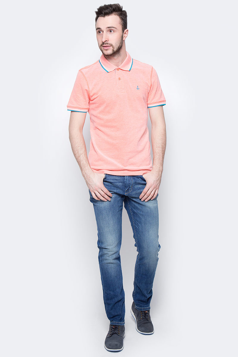 Поло мужское Tom Tailor, цвет: оранжевый меланж. 1531087.00.10_3440. Размер L (50)1531087.00.10_3440Мужская футболка-поло Tom Tailor поможет создать отличный современный образ. Модель изготовлена из хлопка. Футболка-поло с отложным воротником и короткими рукавами застегивается сверху на две пуговицы. Низ рукавов дополнен вставками. Такая футболка станет стильным дополнением к вашему гардеробу, она подарит вам комфорт в течение всего дня!