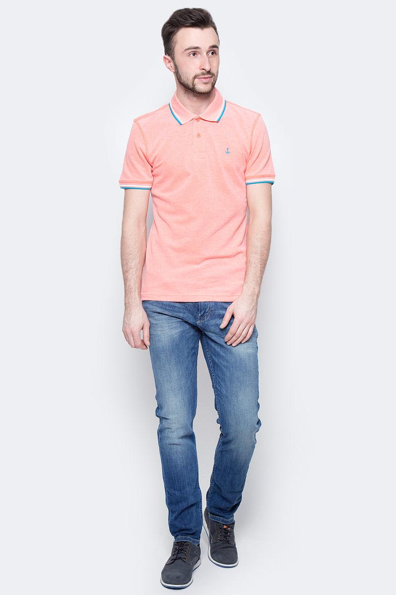 Джинсы мужские Tom Tailor, цвет: синий. 6205707.00.10_1052. Размер 34-32 (50-32)6205707.00.10_1052Стильные мужские джинсы Tom Tailor - джинсы высочайшего качества, которые прекрасно сидят. Модель-слим средней посадки изготовлена из высококачественного эластичного хлопка, не сковывает движения и дарит комфорт.Джинсы на талии застегиваются на металлическую пуговицу и ширинку на молнии, а также имеют в поясе шлевки для ремня. Спереди модель дополнена двумя втачными карманами и одним накладным маленьким кармашком, а сзади - двумя большими накладными карманами. Изделие оформленоперманентными складками. Эти модные и в тоже время удобные джинсы помогут вам создать оригинальный современный образ.