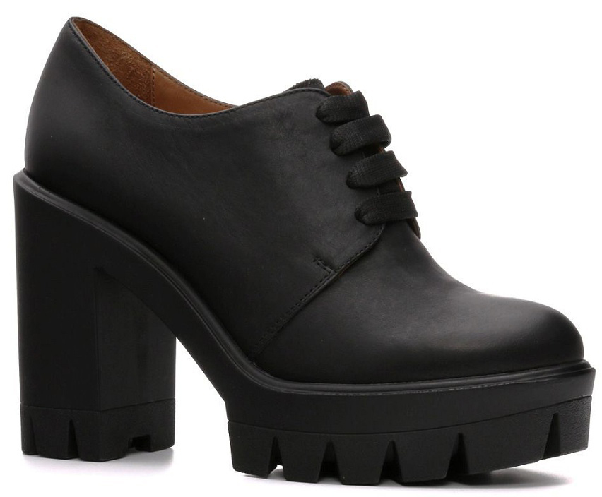 Полуботинки женские Piranha, цвет: черный. 907106ЧН. Размер 40907106ЧНМодные женские полуботинки Piranha заинтересуют вас своим дизайном с первого взгляда! Модель изготовлена из натуральной кожи. Классическая шнуровка прочно зафиксирует обувь на вашей ноге. Стелька из натуральной кожи обеспечивает максимальный комфорт при движении. Высокий, массивный каблук - компенсирован платформой. Подошва с рифлением обеспечивает отличное сцепление с любой поверхностью. Стильные полуботинки позволят вам выделиться из толпы.