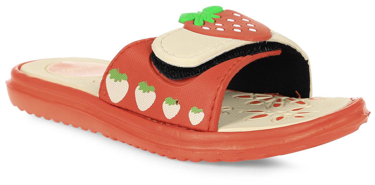 Шлепанцы для девочки Эмальто, цвет: оранжевый, бежевый. 6009C-17. Размер 276009C-17Яркие шлепанцы от Эмальто придутся по душе вашей юной моднице. Модель выполнена полностью из легкого ЭВА-материала. Широкая перемычка дополнена застежкой-липучкой и оформлена принтом в виде ягод и по центру выпуклой накладкой - клубничкой. Рельеф на верхней поверхности подошвы предотвращает выскальзывание ноги. Материал ЭВА имеет пористую структуру, обладает великолепными теплоизоляционными и морозостойкими свойствами, придает обуви амортизационные свойства, мягкость при ходьбе, устойчивость к истиранию подошвы. Гибкая подошва дополнена рифлением, которое гарантирует идеальное сцепление с любыми поверхностями. Удобные шлепанцы прекрасно подойдут для похода в бассейн или на пляж.